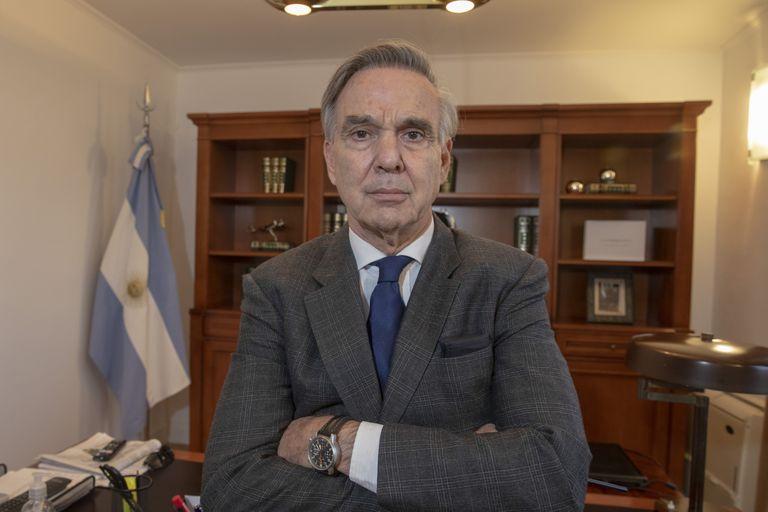 """JxC. Pichetto: """"Hay ministros de Macri que están en silencio y no lo defienden"""""""