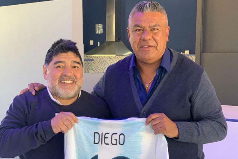 """Maradona. """"La AFA tomará las mejores decisiones"""", dice, y defiende a Ronaldinho"""