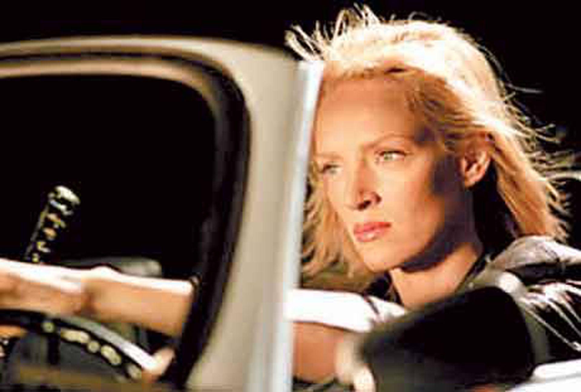 Uma Thurman al volante en una escena que terminó en un grave accidente