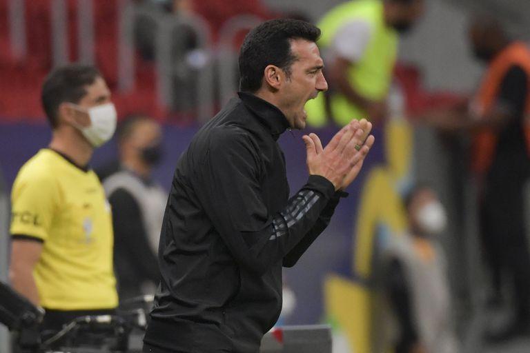 Scaloni se mostró preocupado por el cansancio que exhibieron varios jugadores en el segundo tiempo contra Paraguay