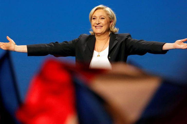 Francia: Marine Le Pen se confirmó como primera fuerza y debilitó a Macron
