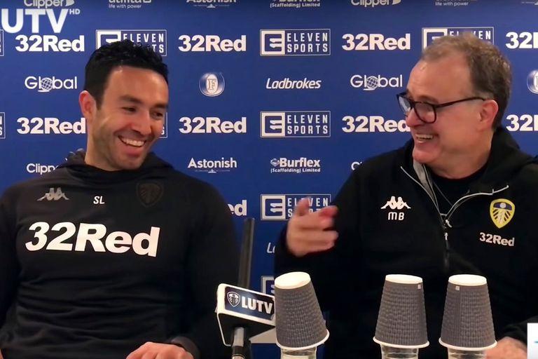 """""""El fútbol según Bielsa"""", un libro desde el corazón del vestuario de Leeds"""
