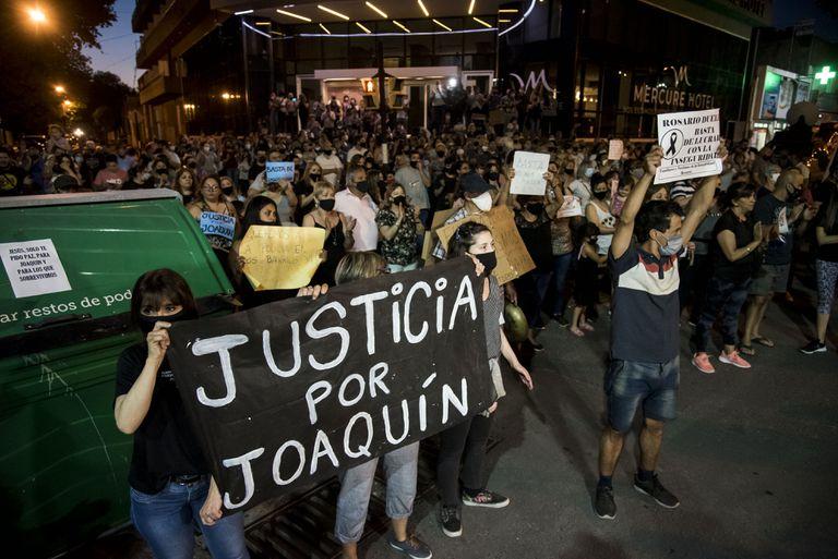 Tras la marcha por seguridad, mataron a balazos a un joven de 20 años y a una mujer
