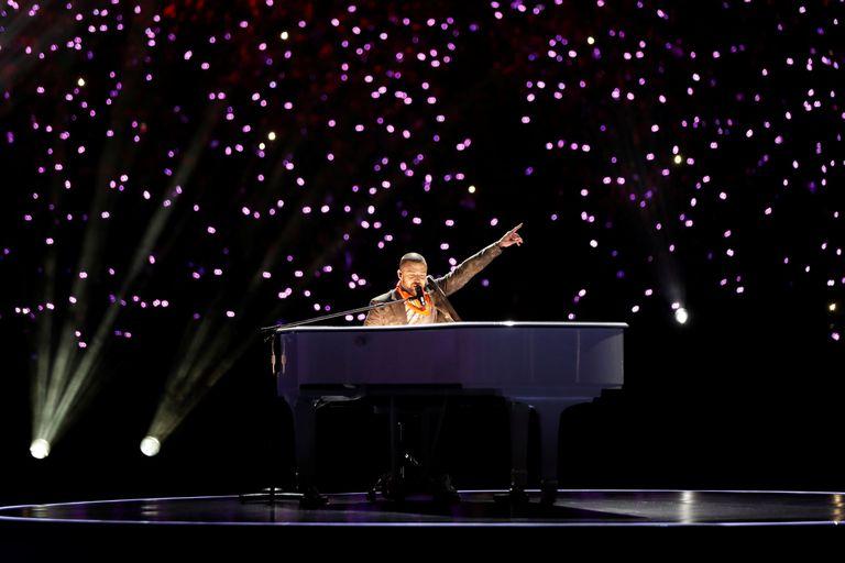 Justin Timberlake, al piano