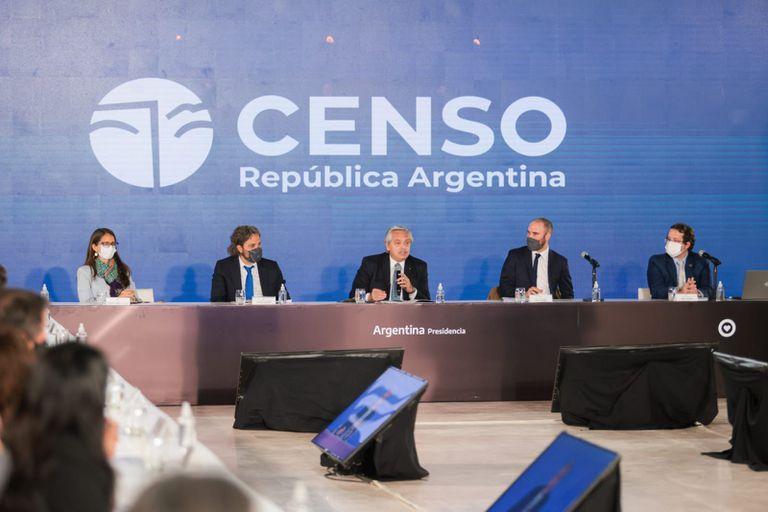El presidente Alberto Fernández encabezó la reunión inaugural del Comité Censal Operativo del Censo Nacional, acompañado por el jefe de Gabinete, Santiago Cafiero y el ministro de Economía, Martín Guzmán