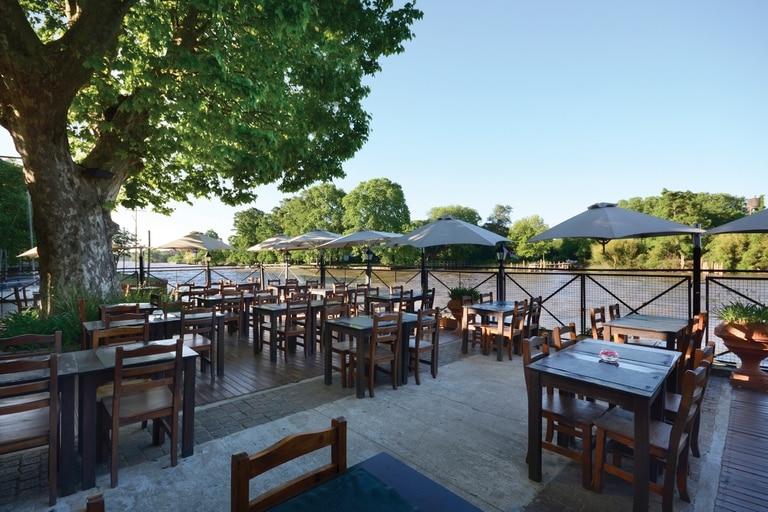 María Luján es el único restaurante que cuenta con vista privilegiada al río Luján.