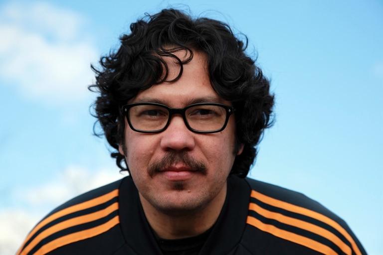 El autor costarricense presenta su libro este jueves