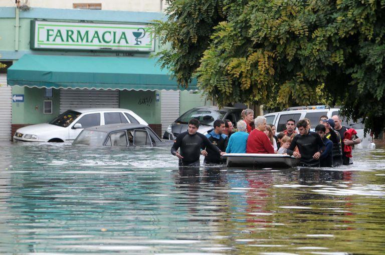 La tormenta fue feroz y la combinación con obras que nunca se ejecutaron convirtió a La Plata en una trampa mortal en 2013