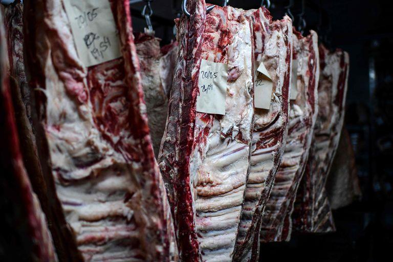Cómo queda el mercado de ganados y carnes tras las restricciones a la exportación