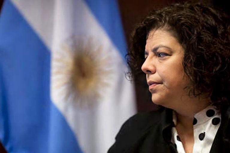 La ministra de Salud, Carla Vizzotti, justificó la decisión de cerrar las escuelas en el AMBA.