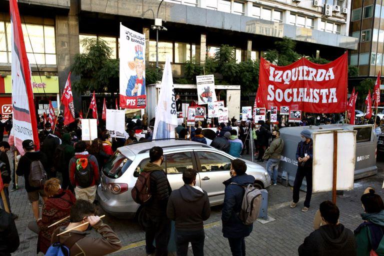 Manifestación de partidos de izquierda por el asesinato de George Floyd en Estados Unidos