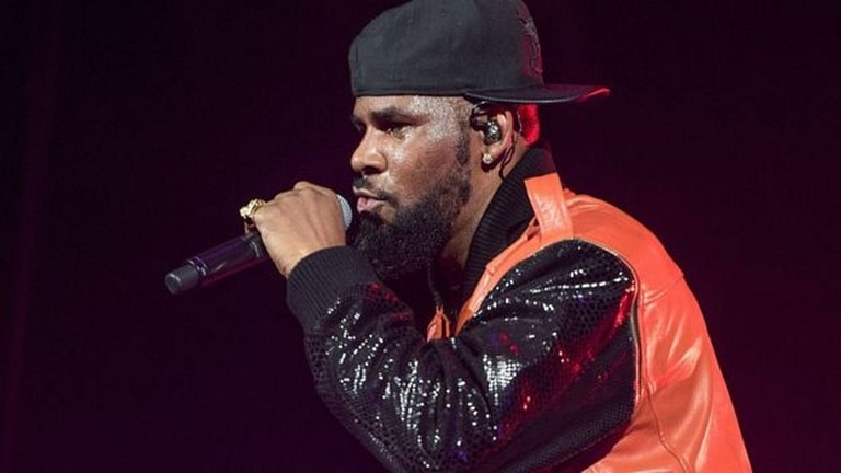 R Kelly ha negado las acusaciones de agresión sexual
