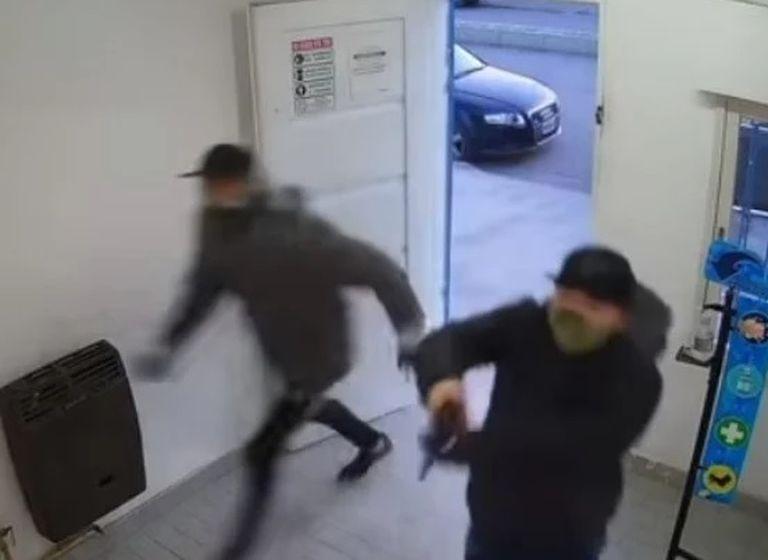 """Asaltaron a una mujer mientras amamantaba: """"Es la cuarta vez que me roban"""""""