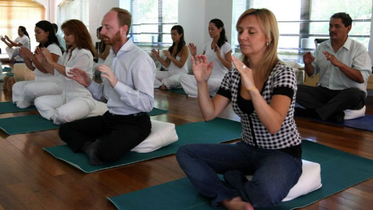 Medicina alternativa: diferentes técnicas de meditación se utilizan a veces como tratamiento alternativo o complementario