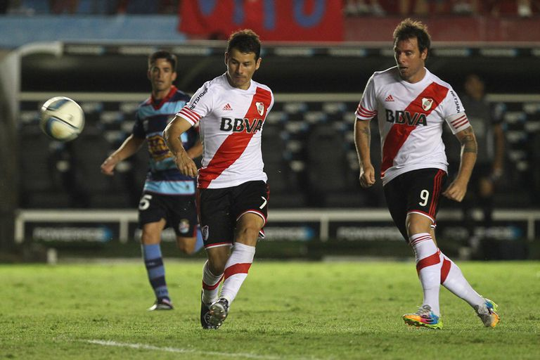 River logró un empate a puro gol en Sarandí