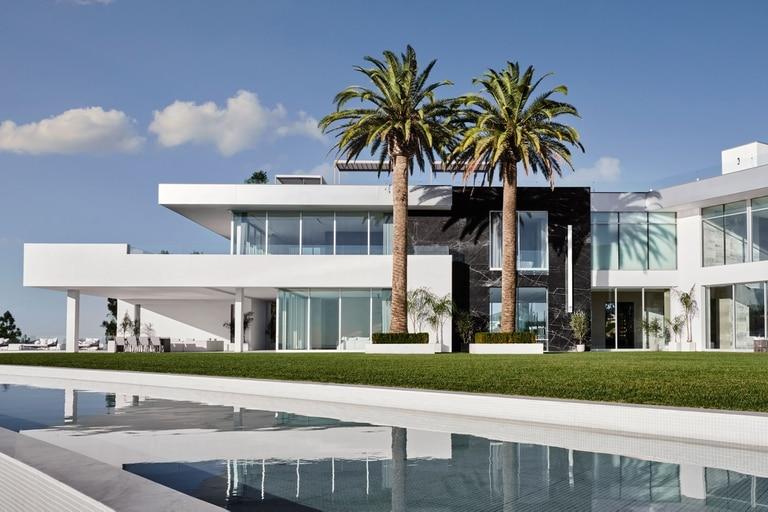 """Es la quinta casa más cara del mundo, se encuentra en Los Ángeles y la llaman """"The One""""."""