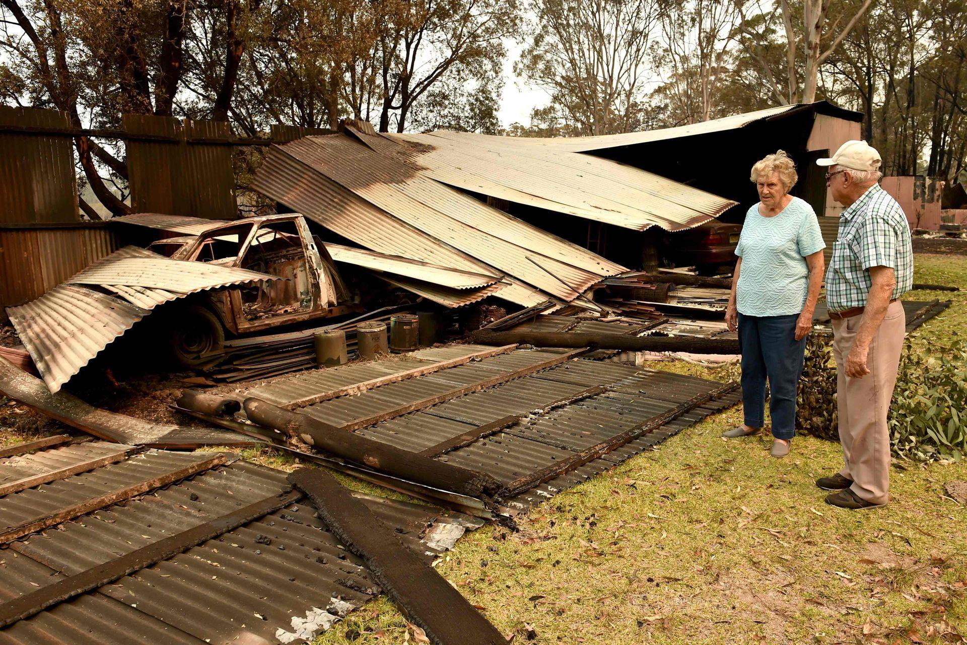 En las zonas donde el fuego pudo ser apagado se pueden ver los destrozos causados