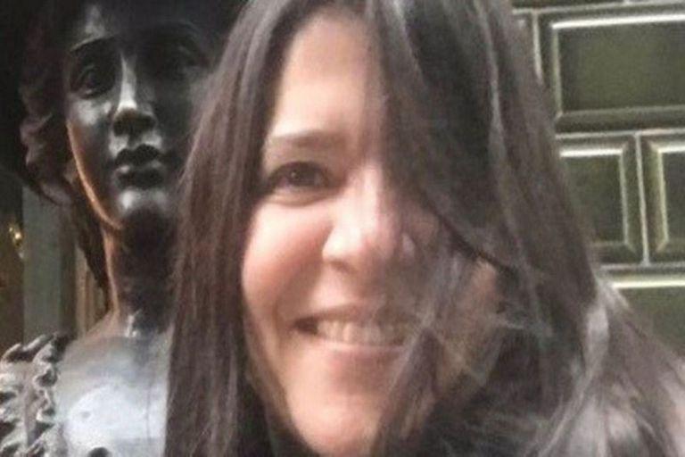 Paola De Simone era docente universitaria y hace algunas semanas se enfermó de coronavirus: ayer falleció en plena clase virtual tras sufrir una desompensación