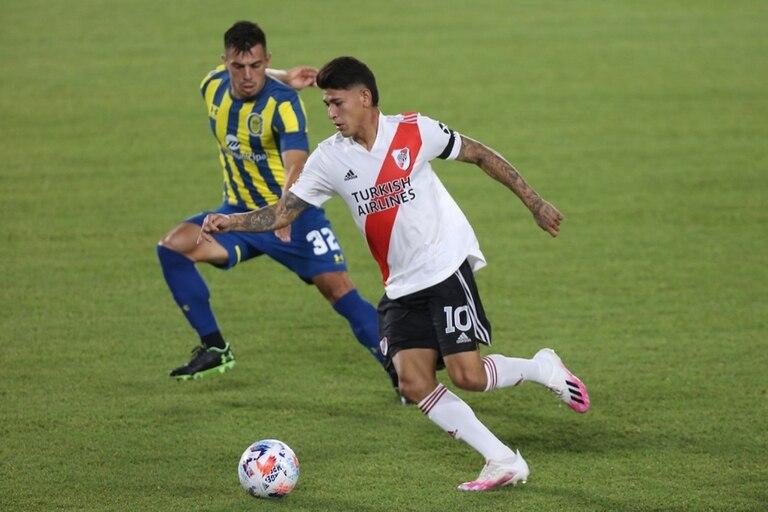 Jorge Carrascal tomó la camiseta 10 de River ante la salida de Nacho Fernández
