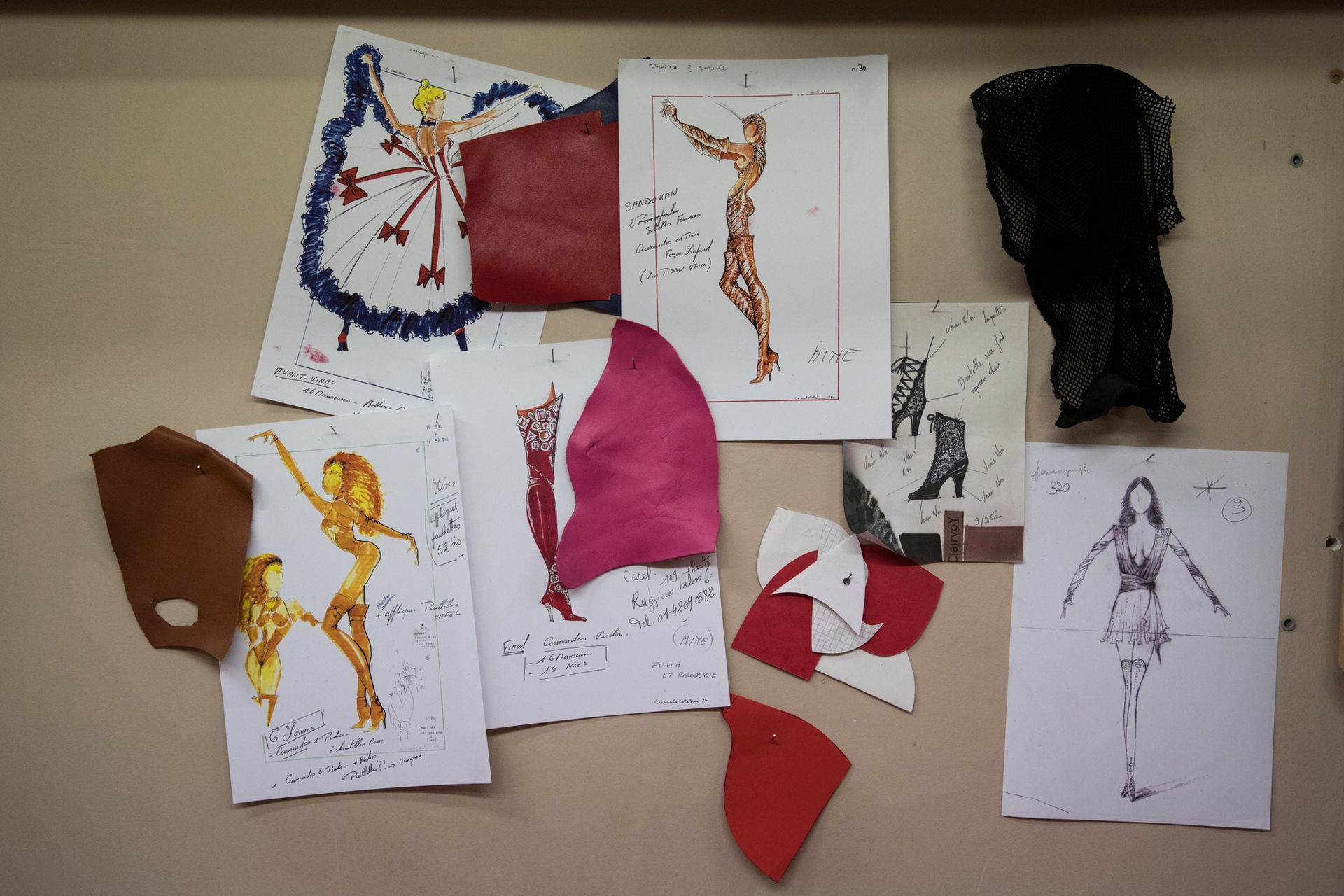 "Dibujos de trajes para la ""Feerie"""