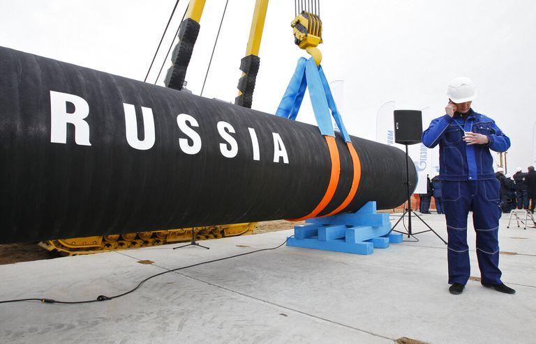 Guiño de Biden a Putin: levantó las sanciones a un gasoducto ruso en Europa