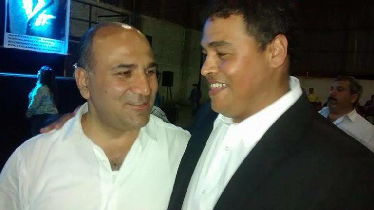 El gobernador Juan Manzur (izq.) con Trayán