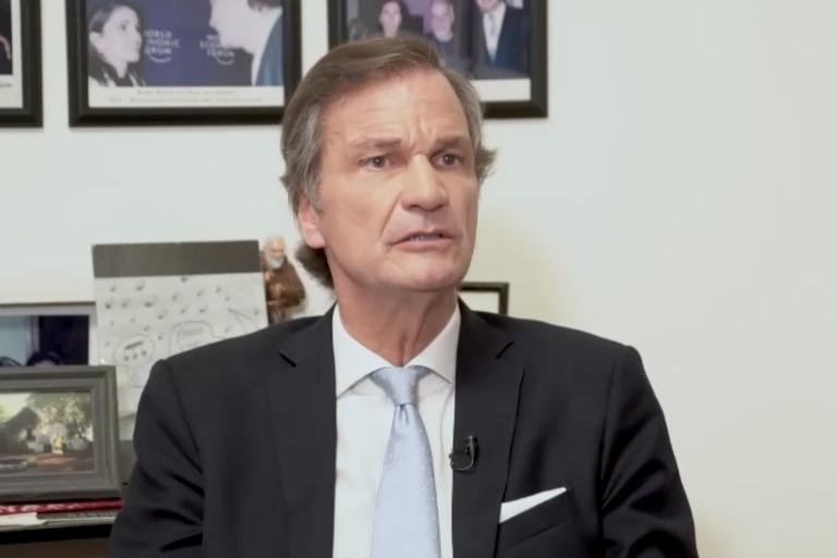 """Conrado Estol: """"Hay cinco vacunas efectivas contra la variante Delta"""""""