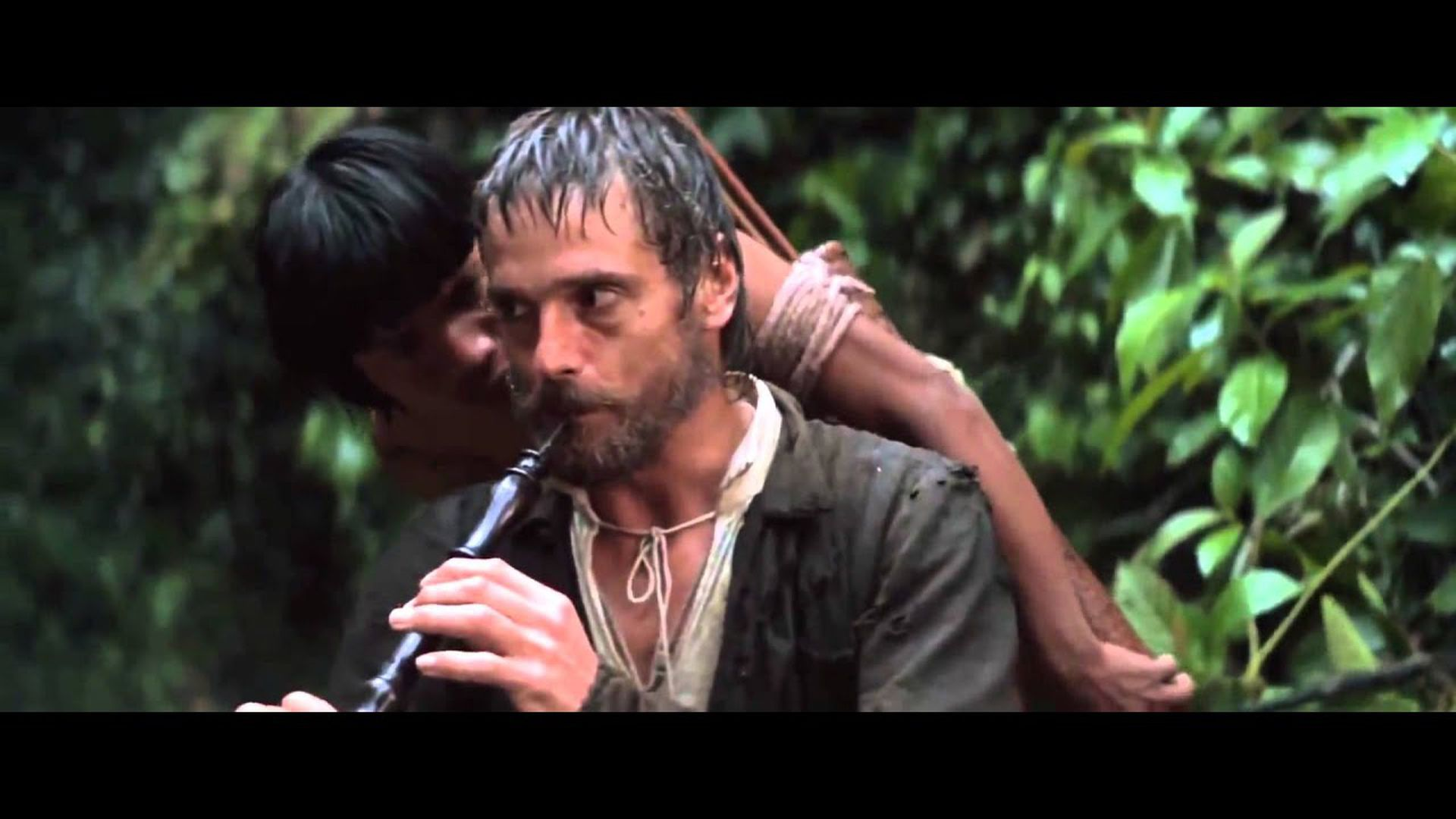 Jeremy Irons protagoniza a un sacerdote pacificador.