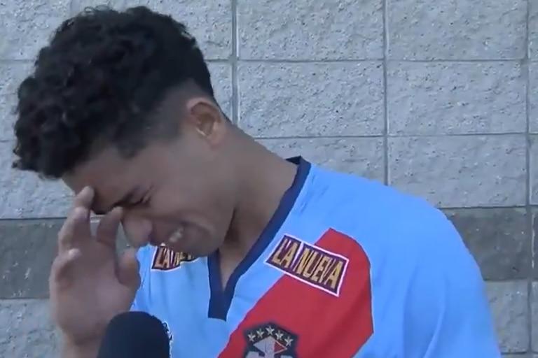 """Le hizo un gol a River y rompió en llanto al hablar de su madre: """"Siempre se sacrificó por mí"""""""