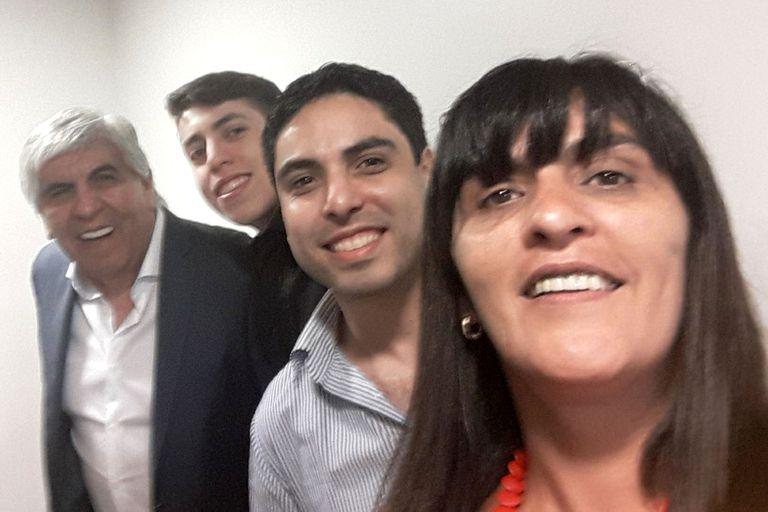 Hugo Moyano, su esposa y su hijo menor recibieron la Sputnik V la semana pasada, según él mismo reconoció