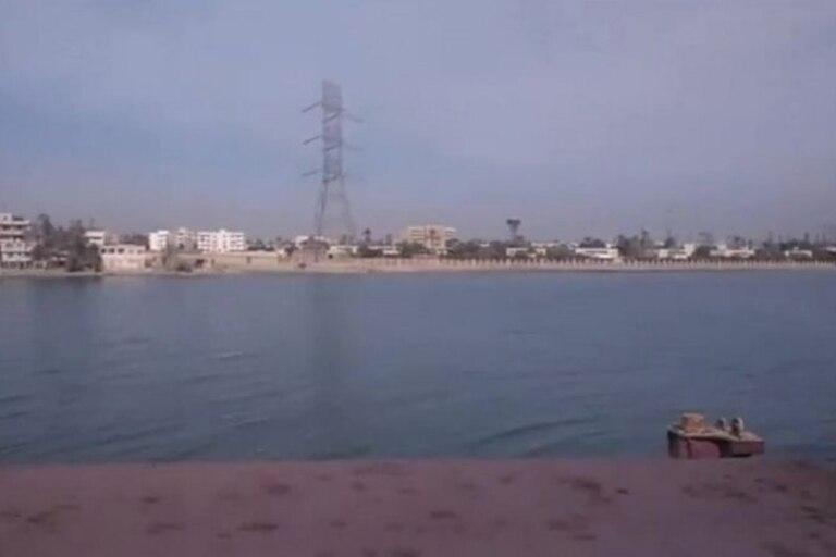 Maometto doveva nuotare fino alla spiaggia se aveva bisogno di acqua pulita o di comprare cibo