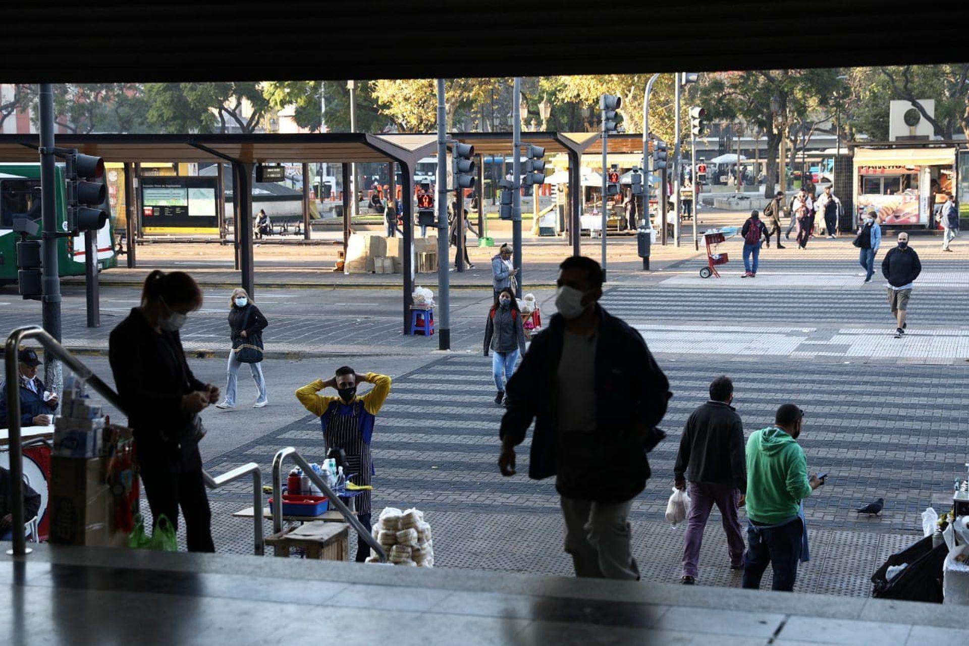 Estacion Once. Tren Sarmiento.