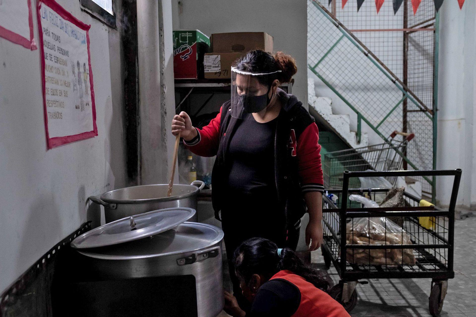 Ana Gamarra es coordinadora de uno de los comedores del FOL en la villa 1-11-14 del Bajo Flores