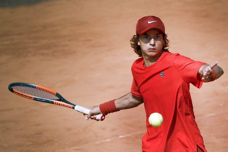 Nicolás Eli, de 15 años, es uno de los tenistas juniors más destacados de la Argentina.