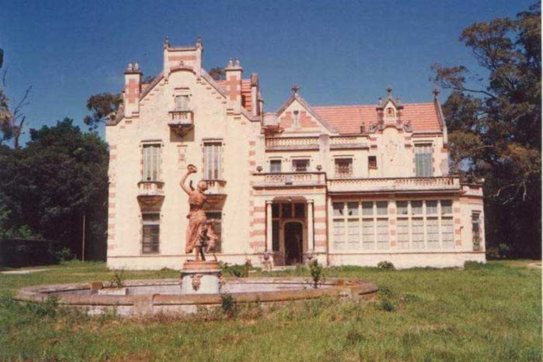 En 1949 la mansión fue adquirida por la empresa textil Sniafa