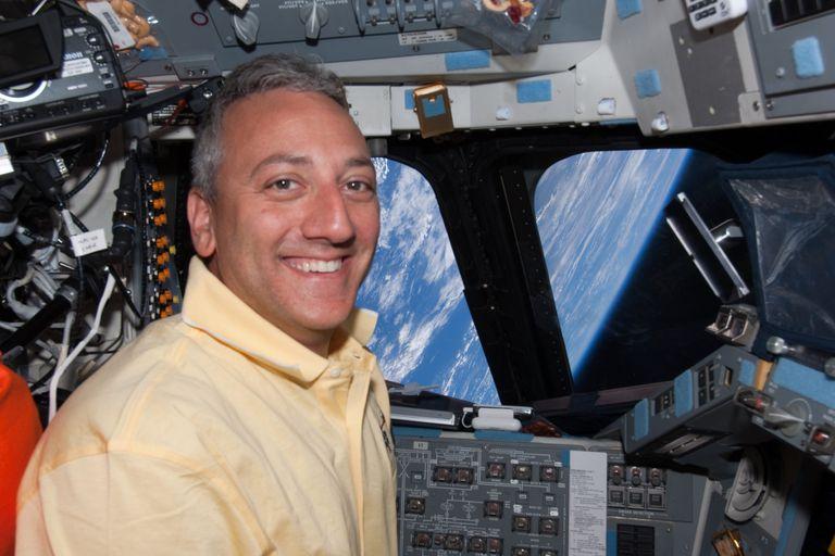 De la NASA: tres consejos de un exastronauta para llevar mejor la cuarentena