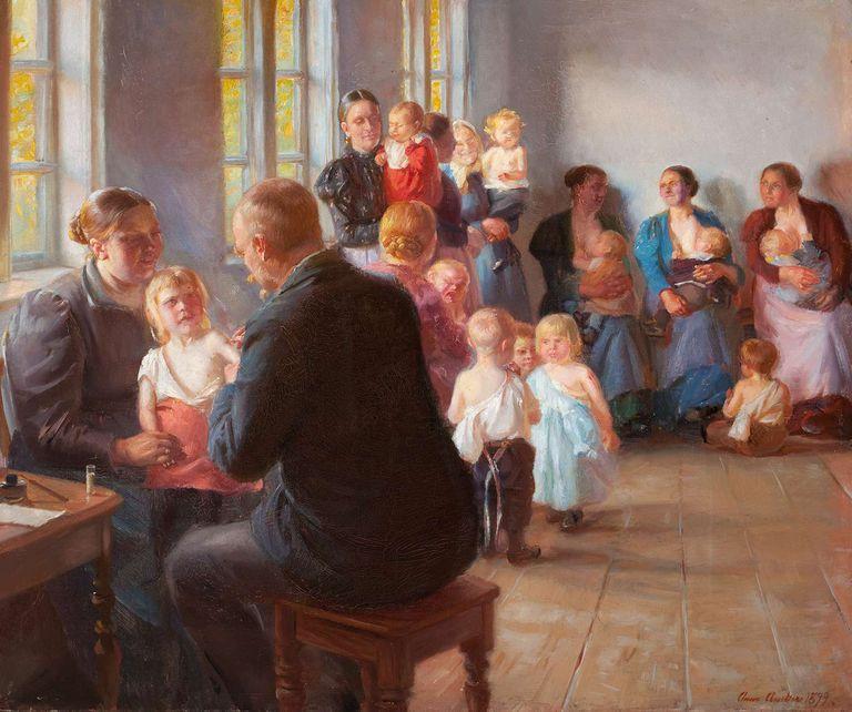 """En """"Vacunación"""" (1899), de la artista Anna Ancher, un grupo de madres con sus hijos que esperan para ser vacunados contra la viruela"""