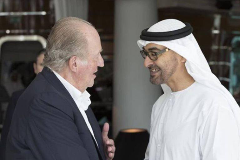 Juan Carlos I y el jeque Mohamed bin Zayed al Nahayan, el presidente de Emiratos Árabes Unidos, el país donde Juan Carlos se hospeda desde agosto de 2020
