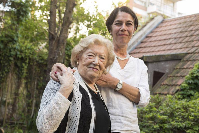 En Buenos Aires, se encontró con Sara Rus, sobreviviente de Auschwitz y madre de Plaza de Mayo.