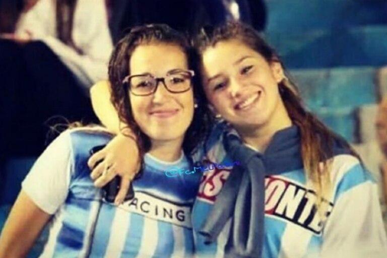 Una imagen de unos años atrás de Sol y Melody Pasini, en el Cilindro de Avellaneda: las hermanas compartían el amor por Racing