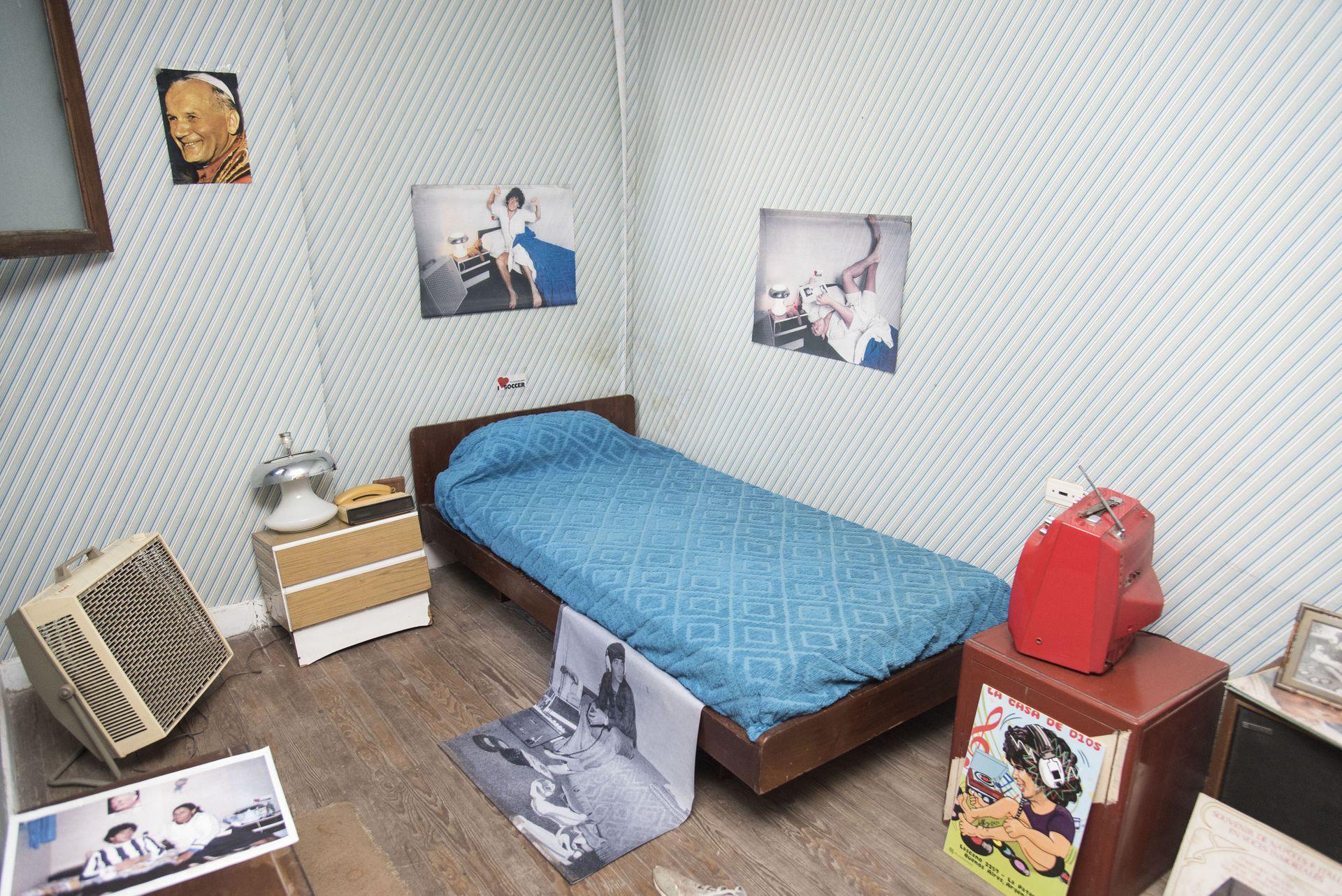 Como si fuera ayer: la habitación del ídolo, reconstruida fielmente a partir de documentos de la época.