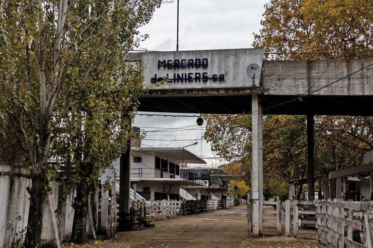 Por el paro del campo el mercado de Liniers se encuentra vacío y sin movimiento