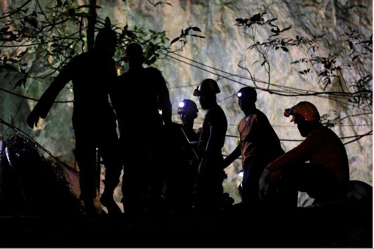 El régimen de Tailandia quiere supervisar las películas del rescate