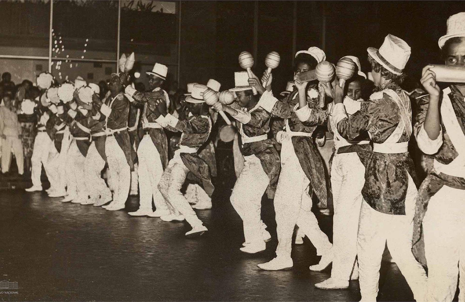 Desfile de Mocidade Independente de Padre MIguel en el año1962.