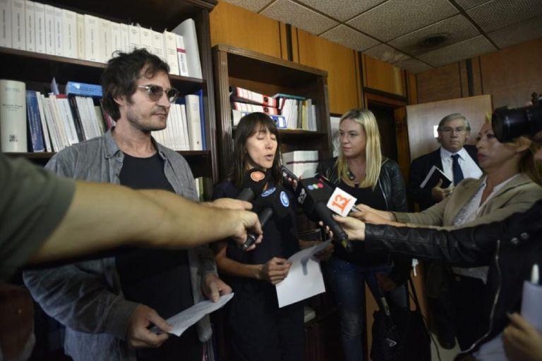 Sobreseyeron a los artistas chilenos detenidos durante el Congreso de la Lengua