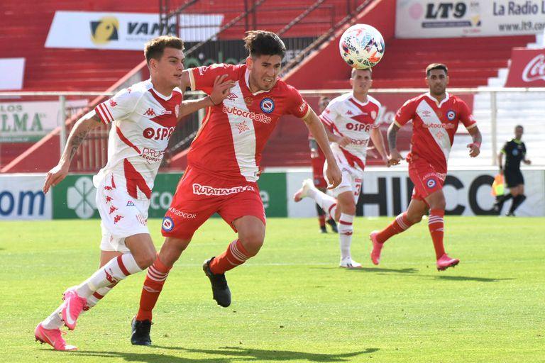 Unión resolvió el partido ante Argentinos de entrada y ganó en Santa Fe 1-0, por la continuidad de la novena fecha del Torneo 2021