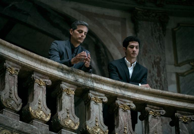 Claudia Piñeiro y Marcelo Piñeyro hablan de política y de religión en el exitoso thriller de Netflix