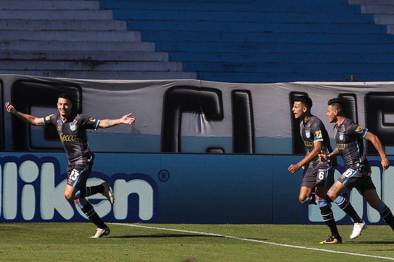 Perdió 4-1 como local: Un duro cachetazo para Racing frente a Atlético Tucumán