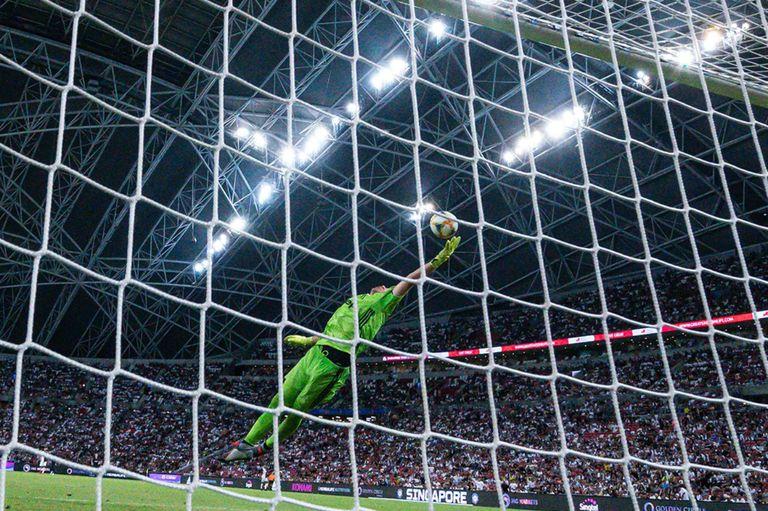 Juventus-Tottenham: goles de Lamela, Higuaín y la bomba de media cancha de Kane