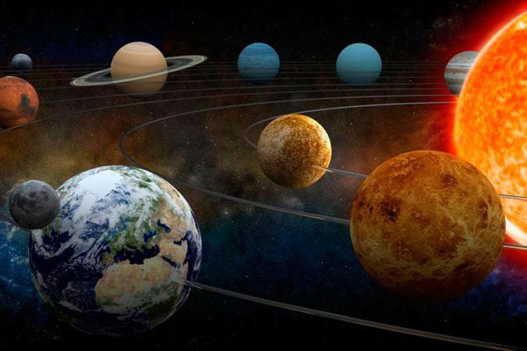 La influencia gravitatoria de los planetas y el movimiento de la Tierra hacen que la duración del año no sea igual siempre